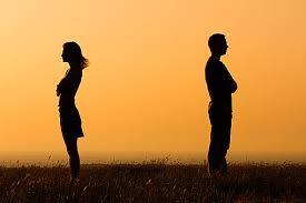 恋人と距離を置く